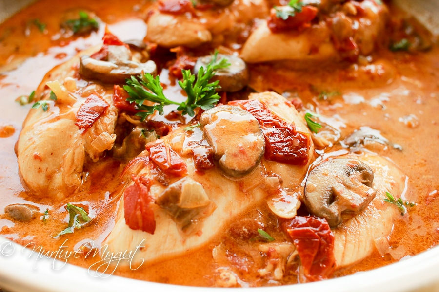 Paleo honey dijon chicken with bacon, mushrooms and sun-dried tomatoes