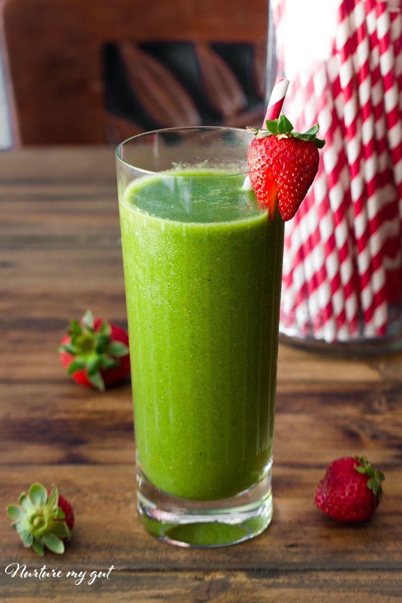 Berry Tropical Green Smoothie